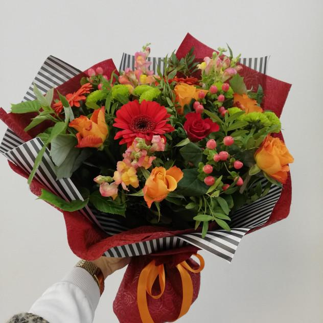Розы оптом, букет с доставкой тула